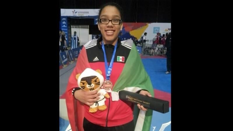 La mexicana Ashley Arana conquistó este domingo la medalla de bronce