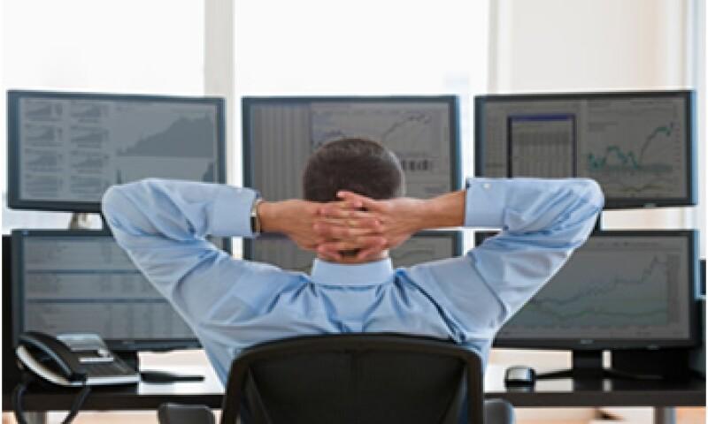Las personas físicas son el menpr número de inversionistas en el Mercado Global de la BMV. (Foto: Getty Images)