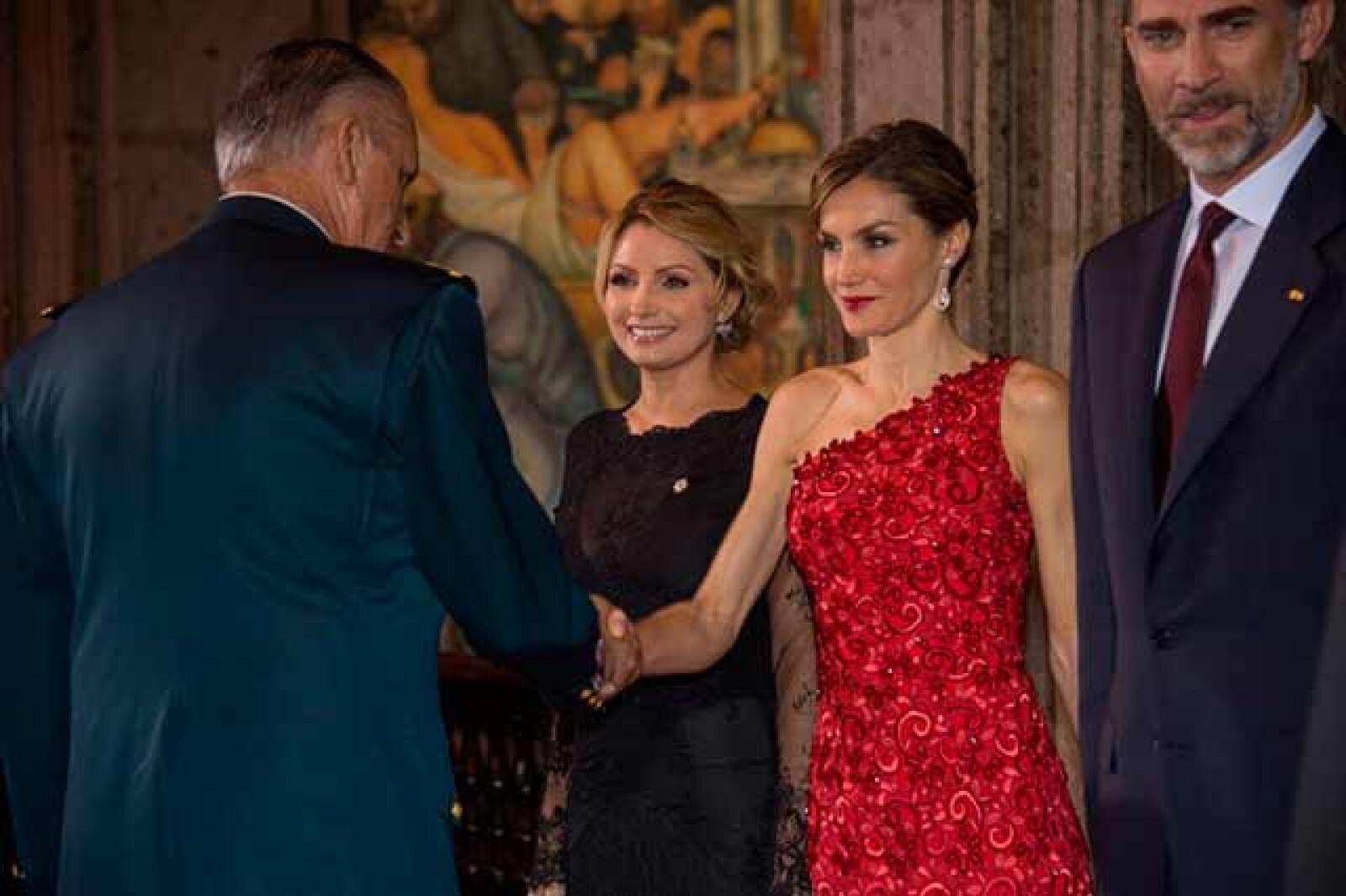 El presidente Peña Nieto afirmó que la corona española fue clave en la transición democrática, en su apertura al mundo y en la construcción de la identidad iberoamericana.