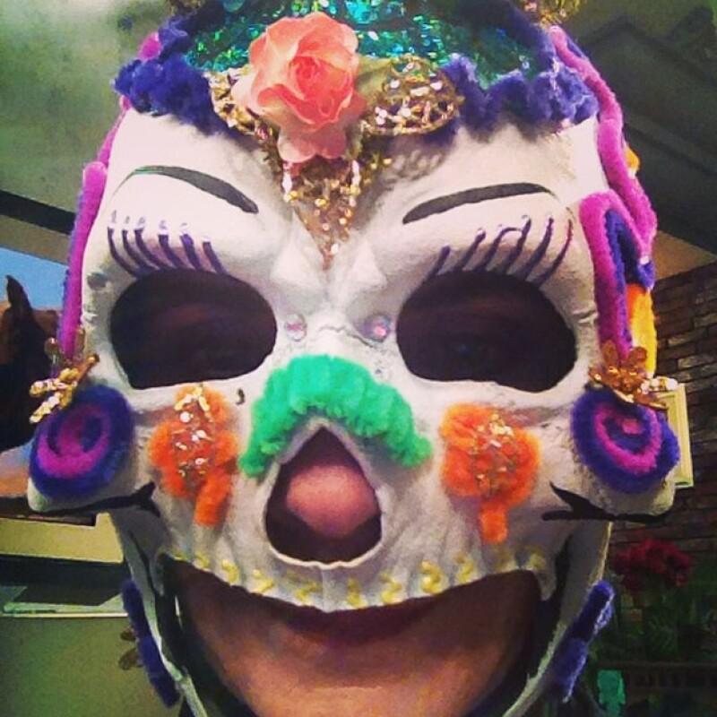 Paty Chapoy no se maquilló pero si consiguió su máscara de Catrina.
