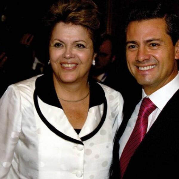 También en Chile, el Ejecutivo federal estuvo con la presidente de Brasil. Acordaron promover un mayor acercamiento entre empresarios mexicanos y brasileños.