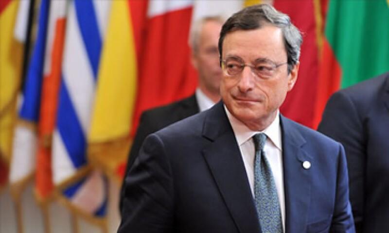 El BCE, liderado por Draghi, es la única institución con capacidad financiera para detener una futura ronda de pánico entre los mercados. (Foto: Cortesía CNNMoney)