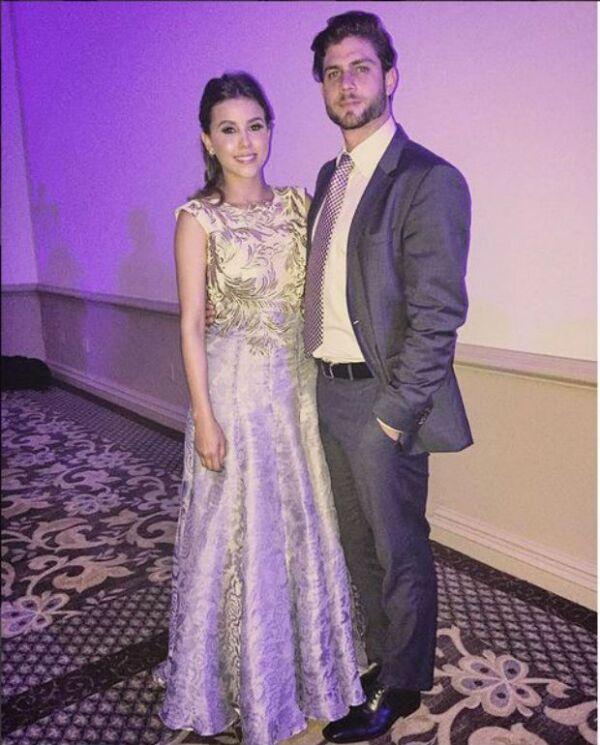 La pareja se ha vuelto inseparable desde que iniciaron las grabaciones de la telenovela que ambos protagonizan.