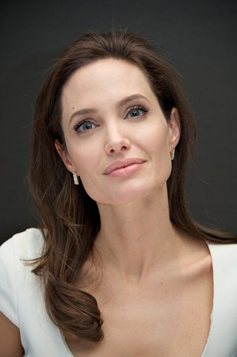 La actriz destaca en su artículo que su procedimiento no es el único para tratar su enfermedad.
