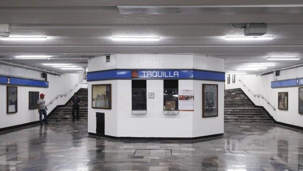 Taquillas metro Hidalgo.jpg