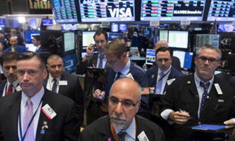 El Dow Jones bajaba 0.19% este miércoles. (Foto: Reuters )