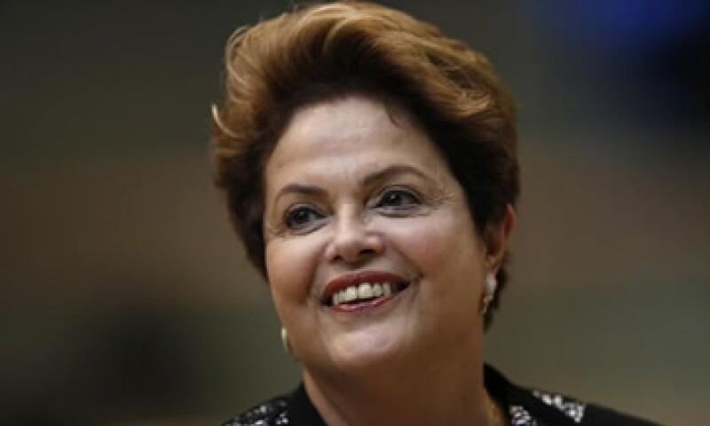 Dilma Roussef afirmó que su país está en un proceso de recuperación económica. (Foto: Reuters)