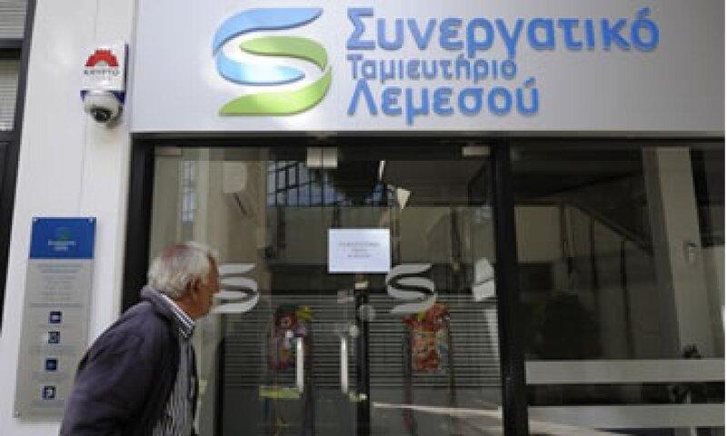 El Gobierno chipriota propuso librar a los pequeños ahorradores del polémico impuesto a los depósitos bancarios.  (Foto: Reuters)