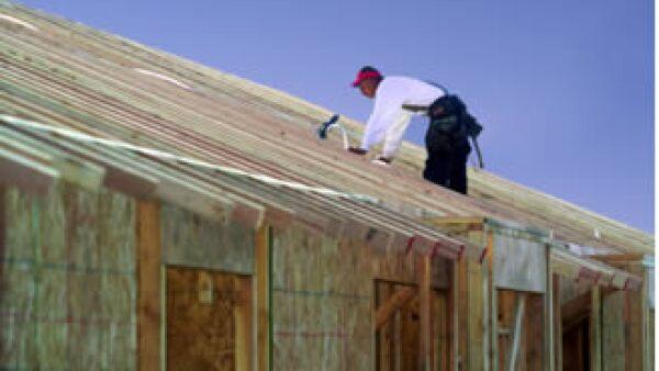 1.8 millones de empleados domésticos que existen en el país podrán adquirir una casa o departamento económico. (Foto: Jupiter Images)