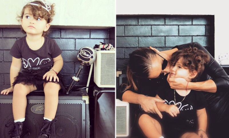 Erin es la primera hija de Lola Ponce y Aarón Díaz, quien llegó a este mundo el 27 de febrero de 2013.