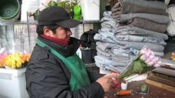 Los mexicanos siguen considerando una gran oportunidad ir a Estados Unidos para enviar dólares a sus familias (Foto: AP)