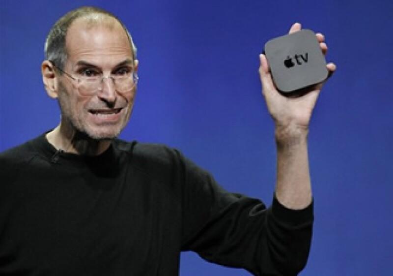 Steve Jobs ya tiene acuerdos con algunas empresas para la renta de programas o películas para el Apple TV. (Foto: AP)
