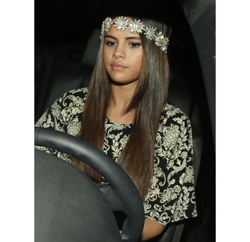 La ex de Justin Bieber fue captada a su salida del salón de belleza.