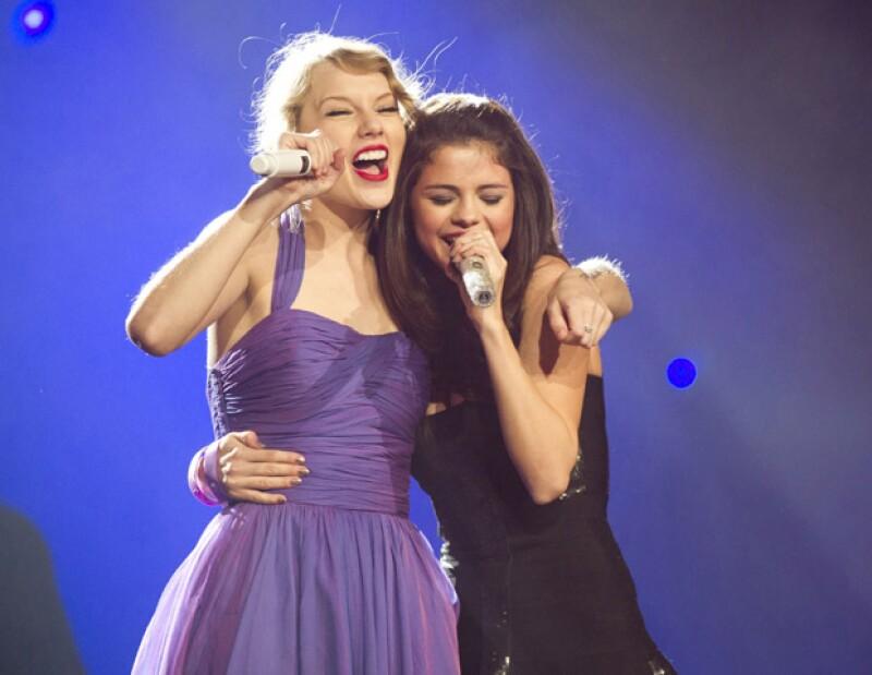 La cantante estadounidense desea que su mejor amiga participe con ella en su cuarta producción  discográfica.