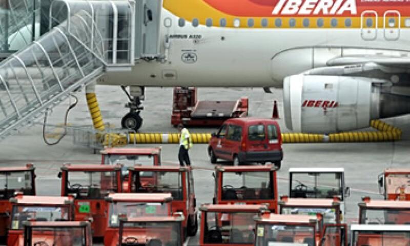 Iberia dijo que la huelga no afecta a los vuelos operados por Air Nostrum, Vueling y códigos compartidos operados por otras compañías. (Foto: AP)