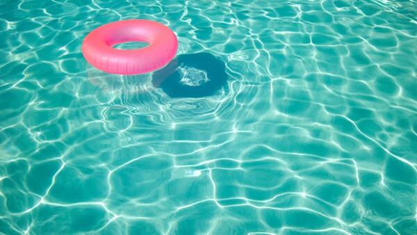 La temporada de verano está llena de cambios en nuestro estilo de vida, esto te puede llevar a preguntarte sobre diferentes mitos de salud, clima, etc. Te platicamos sobre algunos.