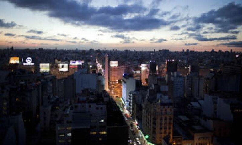 Un recorte de la nota a B3 desde B1 aumentaría los costos de financiamiento de Buenos Aires. (Foto: AP)