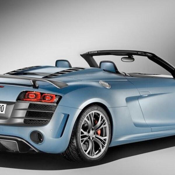 En lo que respecta al peso, éste se ha reducido 85 kilos en comparación con el modelo predecesor (Audi R8 GT) quedando en 1,640 kilos.