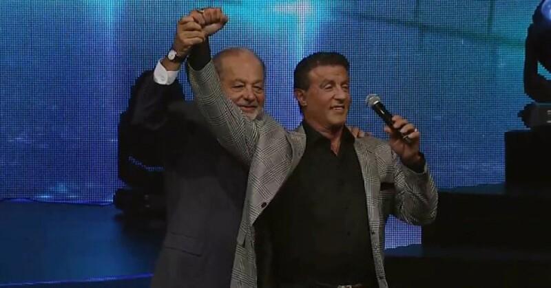 Carlos Slim fue el anfitrión del Encuentro Anual de Becarios México Siglo XXI en el Auditorio Nacional.