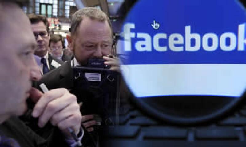 En relación a las ganancias, los sueldos de Facebook  son todavía más absurdos. (Foto: Especial)