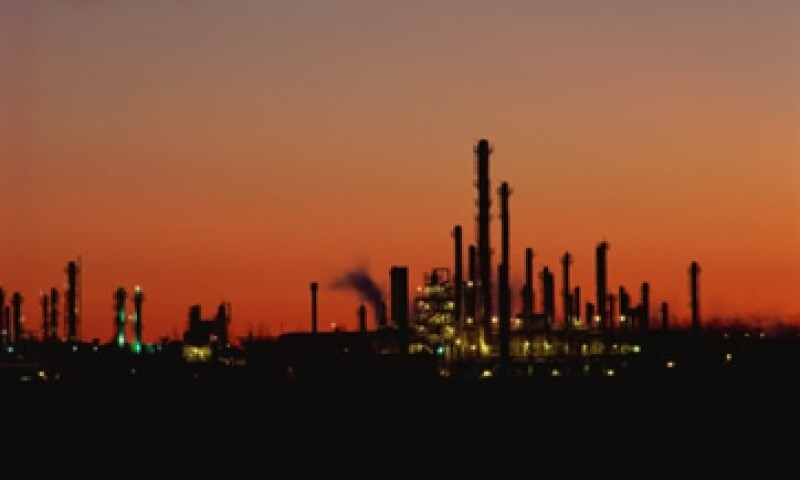 El precio promedio del barril tuvo una ligero avance de 0.66% al venderse en 101.81 dólares, desde los 101.13 dólares del 2011. (Foto: Thinkstock)