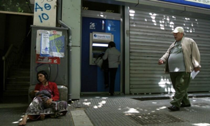 Es probable que Grecia se quede sin dinero el próximo mes sin más ayuda de prestamistas internacionales. (Foto: AP)