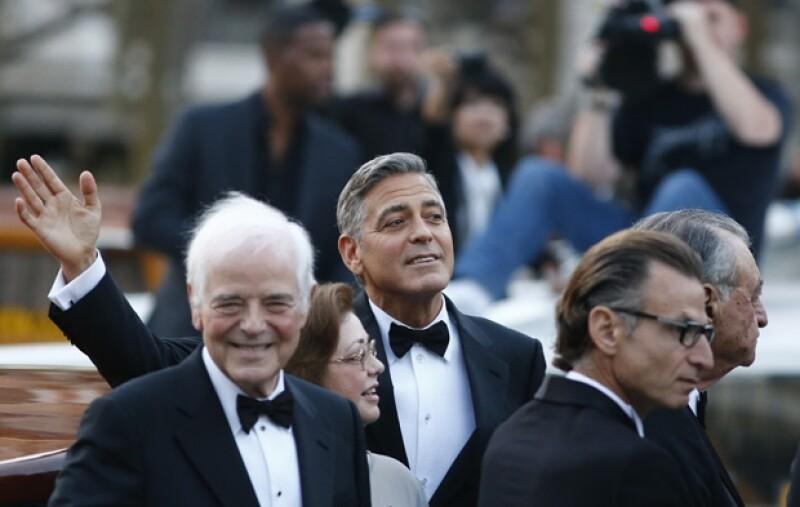 El actor estuvo acompañado en la ceremonia por su padre Nick Clooney.