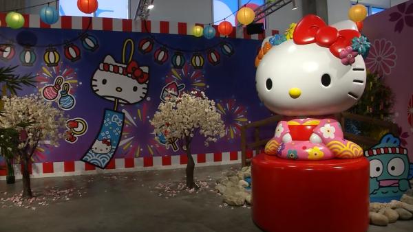 Hello Kitty cumple 45 años y los creadores insisten en que no es una gata