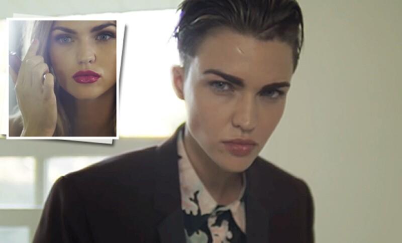 Hace un año, la también modelo publicó un video en YouTube en el que explica su identidad de género.