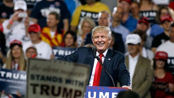 Bajo presión, Donald Trump refuerza lo que hace: provocar y discutir, según el escritor Michael D'Antonio.