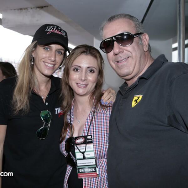 Dennise Waida,Laura García,Abraham Guaida