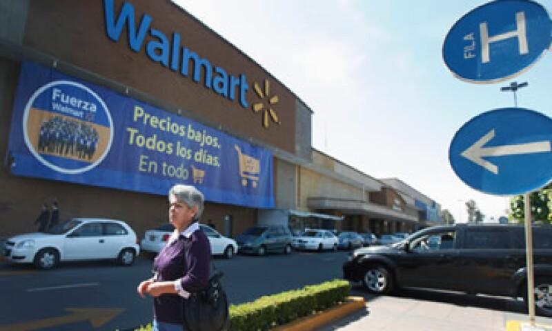 Walmart destinó al menos 24 millones de dólares para sobornar a funcionarios del país. (Foto: Reuters)