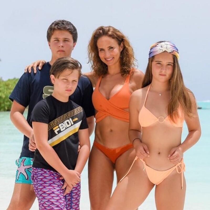 Vanessa Serrano e hijos