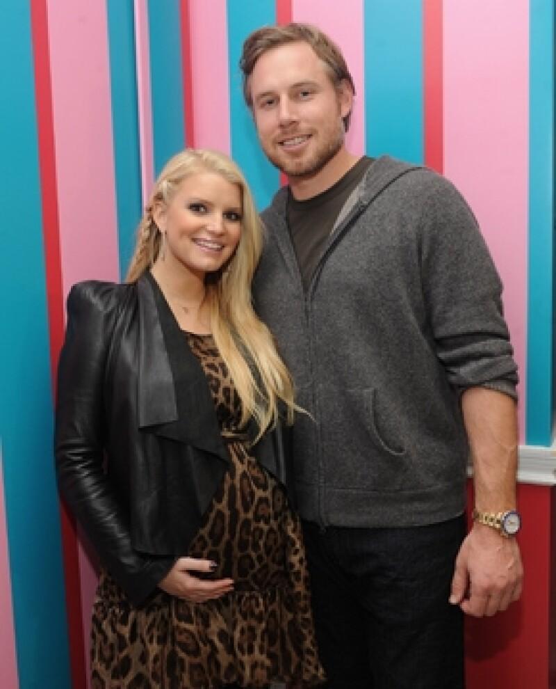 La cantante desea unir su vida a la de su prometido Eric Johnson en cuanto nazca su segundo bebé, lo cual no tarda en suceder.