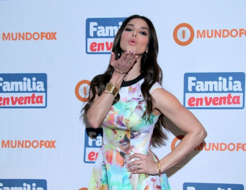 La estrella latina confesó en su reciente visita a México que fue gracias al humor de Carlos Espejel que logró explotar su faceta cómica.