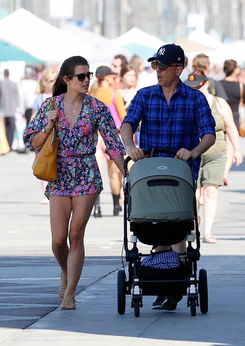 La hija de Carolina de Mónaco lució atractiva con un outfit veraniego.