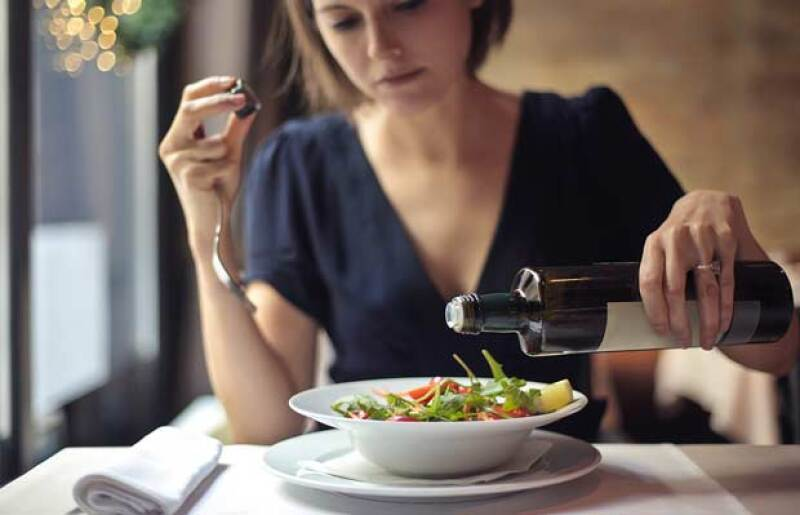 ¿Eres de las que prefieren someterse a dietas extremas cuándo es necesario, en vez de llevar una vida y dieta saludable? Tal vez cambiarás de opinión después de leer esta nota…