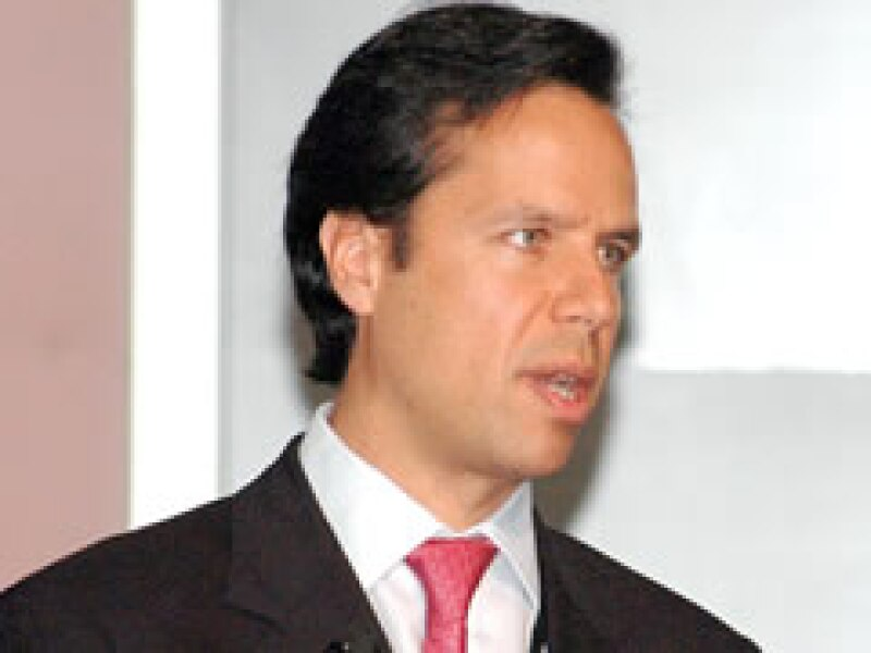 InverBan es una de las varias entidades contra las que alertó Guillermo Babatz, presidente de la CNBV.  (Foto: Notimex )