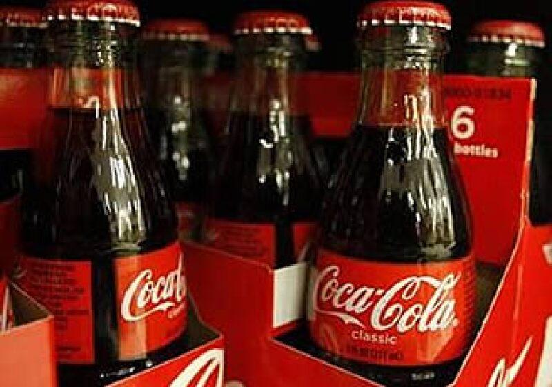 Las ganancias de Coca-Cola se han visto ensombrecidas por el problema de obesidad en el país. (Foto: Reuters)