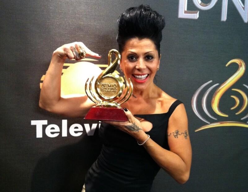 """Alejandra Guzmán cantó con Moderatto """"Día de Suerte"""", poniendo un toque de rock a la fiesta."""