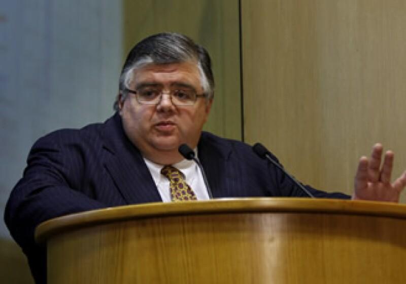 Los legisladores aseguran que Agustín Carstens cuenta con los suficientes méritos profesionales para poder dirigir el FMI. (Foto: AP)