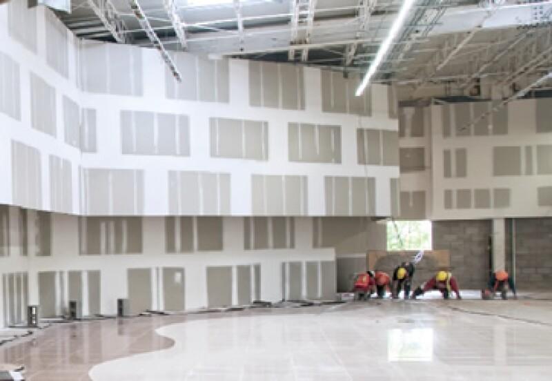 Walmart invirtió en 2011 más de 14,000 millones de pesos en la construcción de nuevas tiendas. (Foto: Revista Obras/Juan Marcos Castañeda)