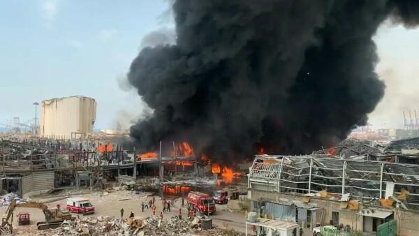 Así fue el gran incendio en Beirut, semanas después de la devastadora explosión