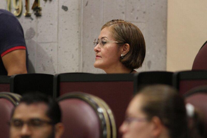 Eva Cadena