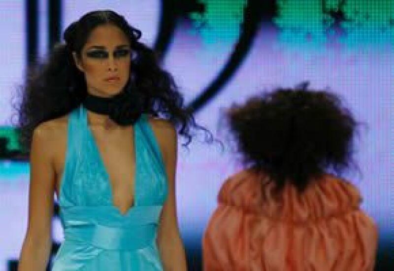 """El diseñador español presentó en DFashion su colección """"Transform"""", Primavera-Verano 2009."""