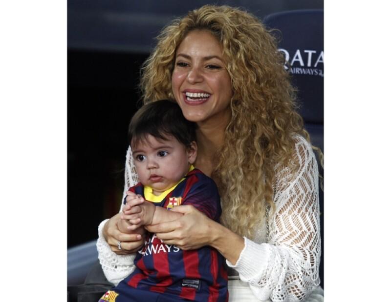 Shakira y el pequeño Milan son los fans #1 de Gerard Piqué durante sus partidos.