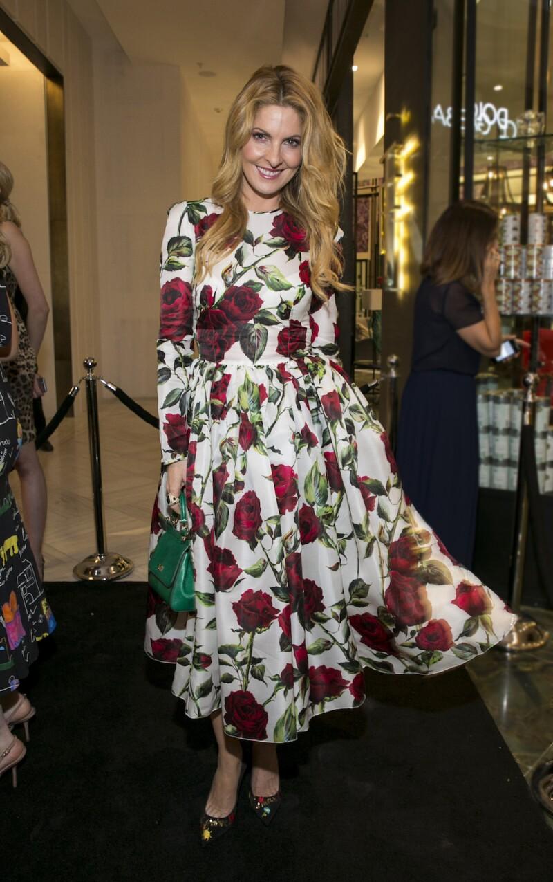Michelle Salas asiste a la inauguracion de la teinda Dolce & Gabbana