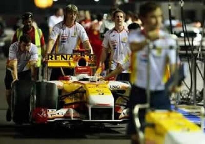 Los patrocinadores del equipo Renault rescindieron sus contratos con efectos inmediatos. (Foto: Reuters)