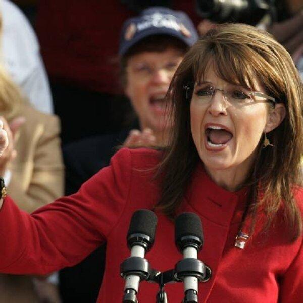 De igual modo, McCain también tiene un fuerte apoyo en su compañera de fórmula, la gobernadora de Alaska Sarah Palin.