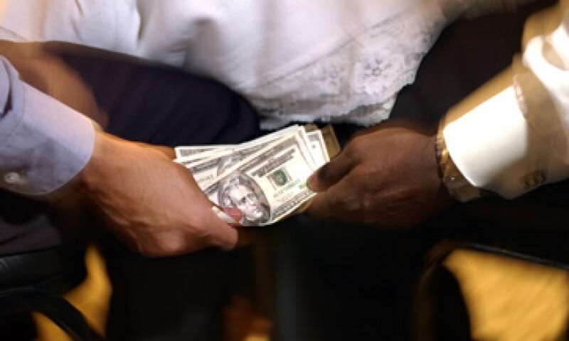 Aprobar la ley antilavado de dinero acotará operaciones ilícitas del crimen organizado, aseguran especialistas. (Foto: Thinkstock)